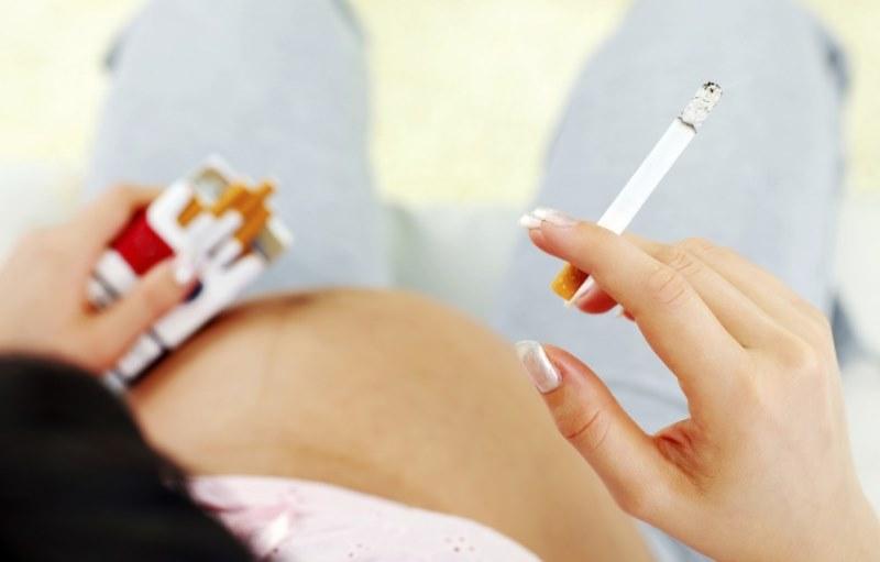 Опасность курения во время беременности